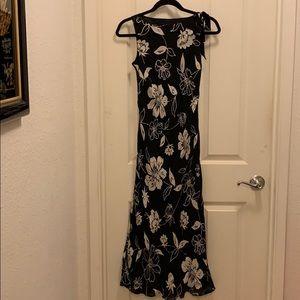 Ann Taylor Black and White Dress, 4P